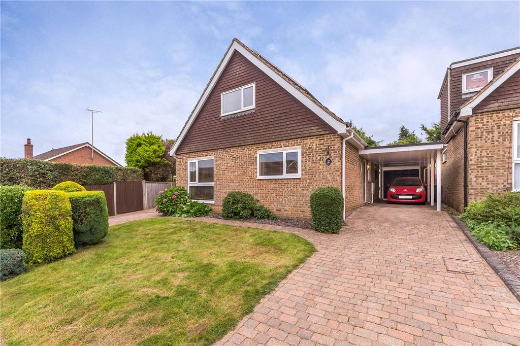 3 Bedrooms Detached House for sale in Tintern Close, Harpenden, Hertfordshire