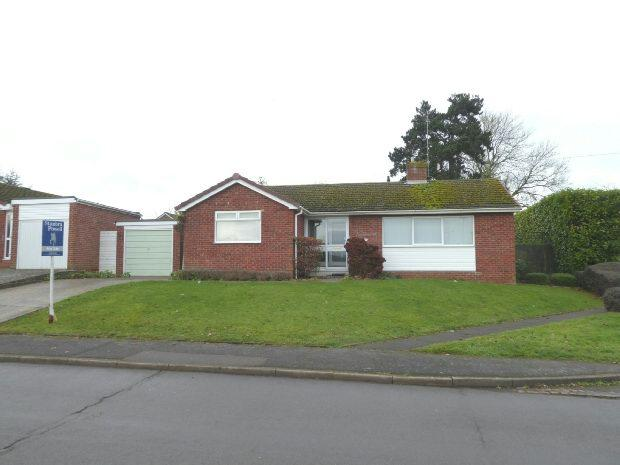3 Bedrooms Detached Bungalow for sale in Mewburn Road, Banbury