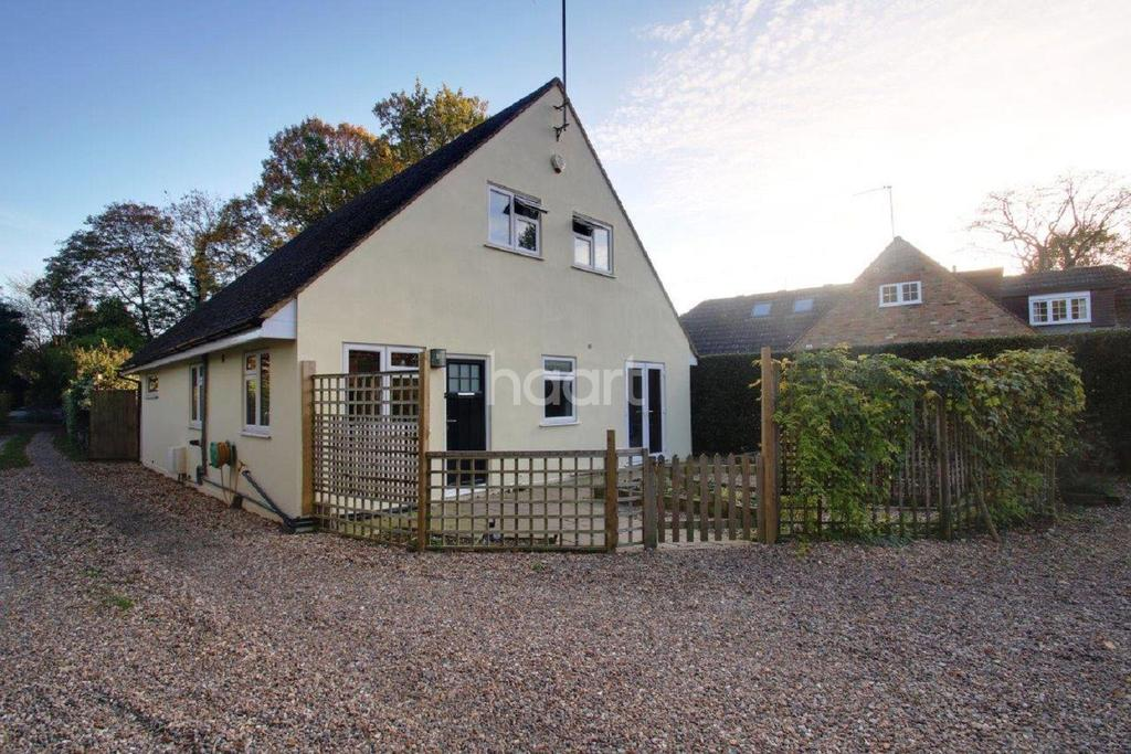 4 Bedrooms Detached House for sale in Scatterdells Lane, Chipperfield