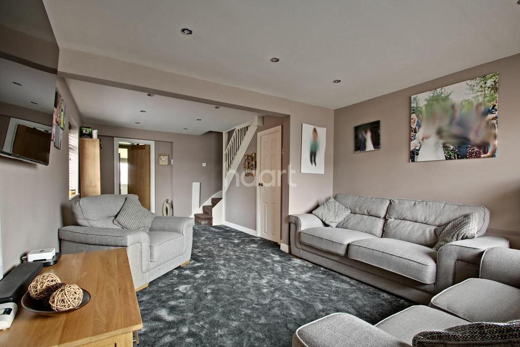 3 Bedrooms End Of Terrace House for sale in Hyde Road