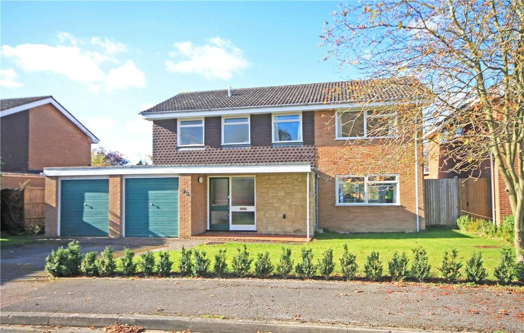4 Bedrooms Detached House for sale in Gough Way, Cambridge, CB3