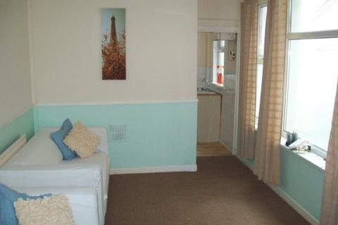3 bedroom house share to rent - Bangor Street, Roath