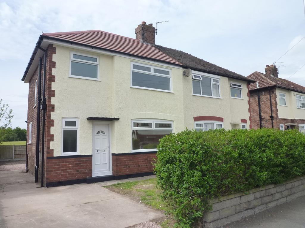 3 Bedrooms House for rent in Dykin Close, Widnes