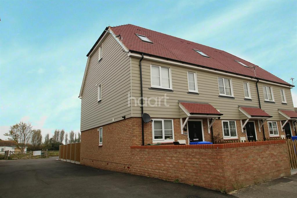 3 Bedrooms End Of Terrace House for sale in High Street, Eastchurch