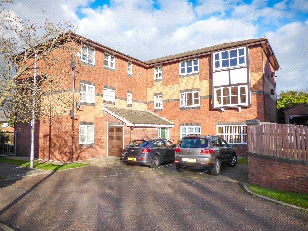 1 Bedroom Penthouse Flat for sale in 31 Dove Tree Court, Cherry Tree Road North, Blackpool, Lancashire