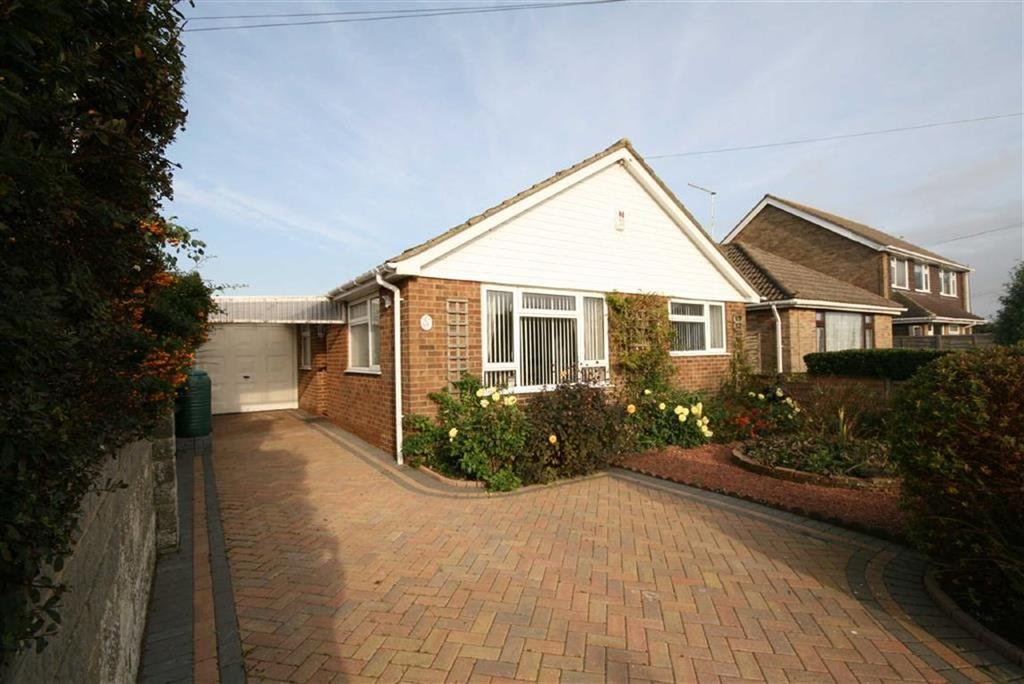 3 Bedrooms Detached Bungalow for sale in Southview Road, Peacehaven