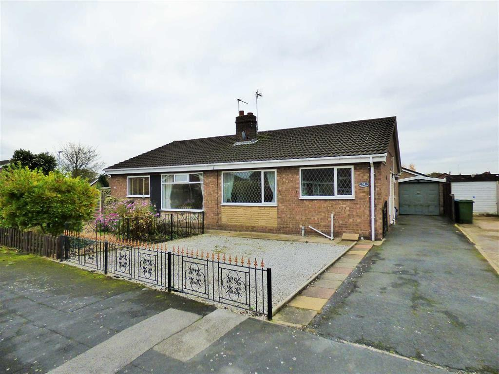 2 Bedrooms Semi Detached Bungalow for sale in Bellasize Park, Gilberdyke
