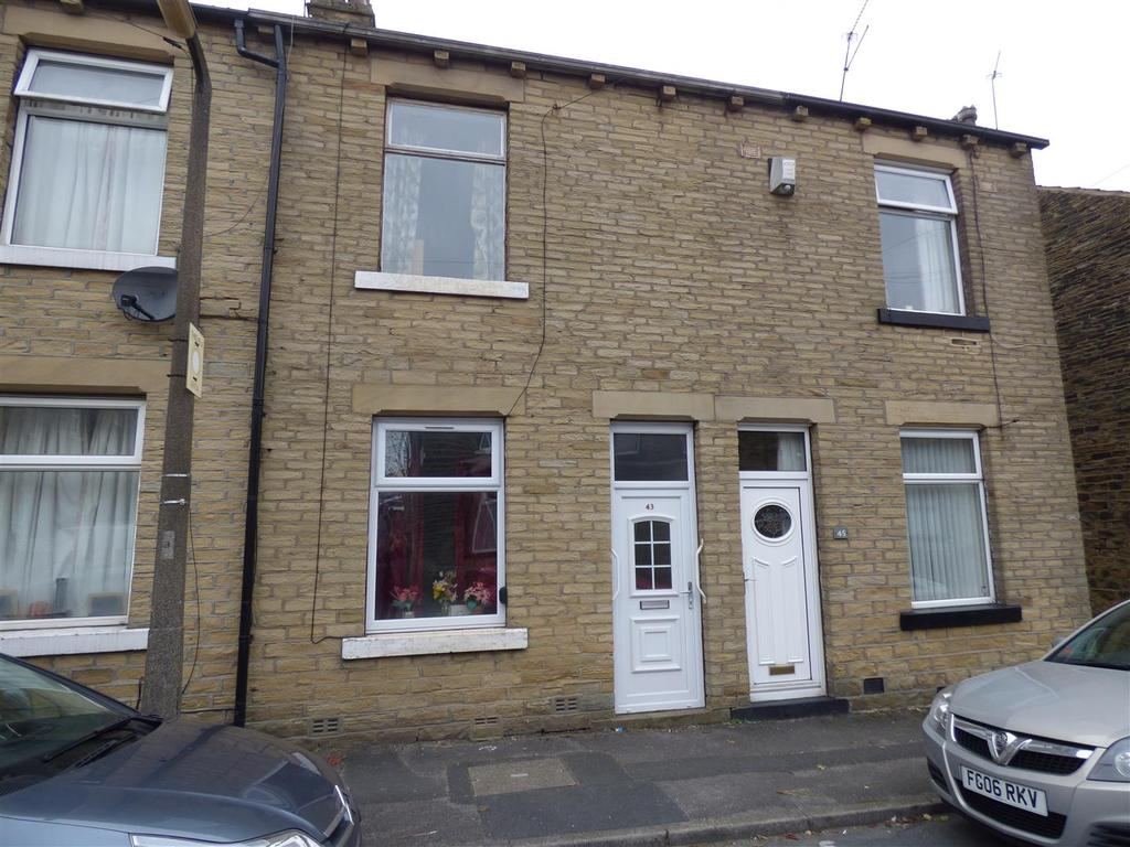 2 Bedrooms Terraced House for sale in Mount Terrace, Eccleshill, Bradford, BD2 2JE