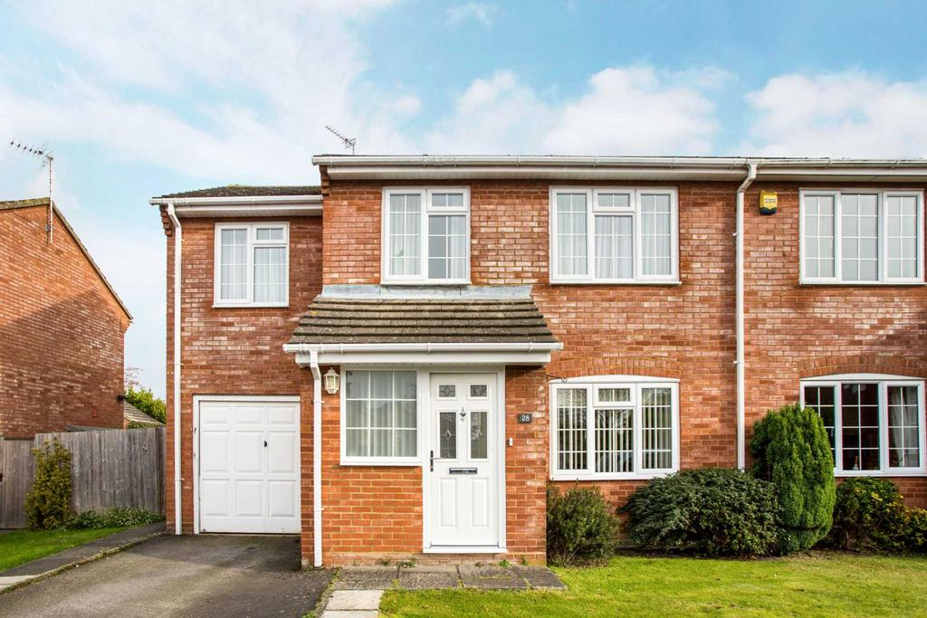 4 Bedrooms Semi Detached House for sale in Lukes Lea, Marsworth
