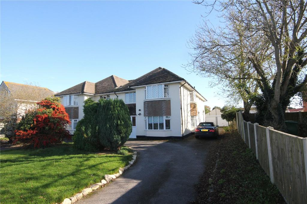3 Bedrooms Flat for sale in Heatherlea Court, 14 Lyndhurst Road, Christchurch, Dorset, BH23