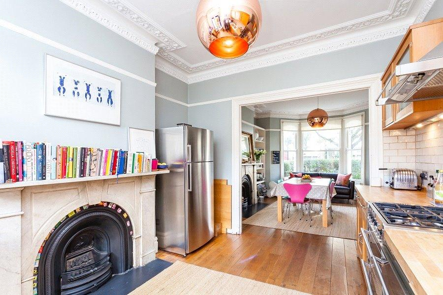 5 Bedrooms House for sale in Tabley Road, London, N7