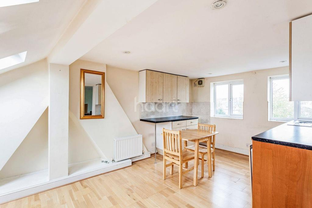 5 Bedrooms Terraced House for sale in Kingswood Road, Brixton, SW2