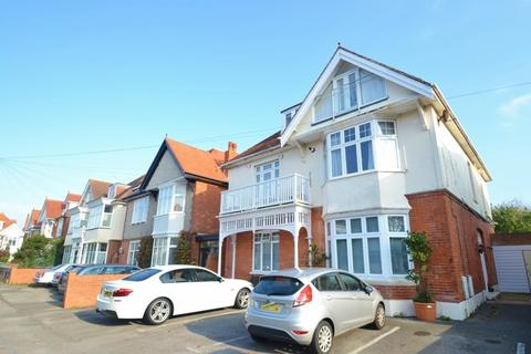2 bedroom flat to rent - Southbourne
