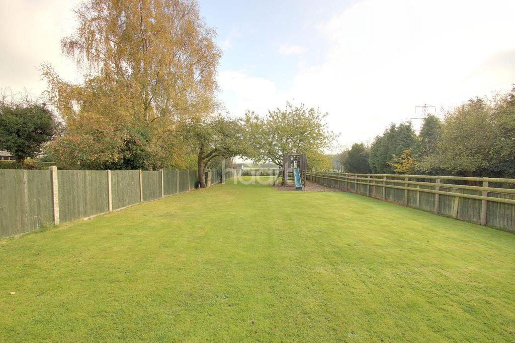 4 Bedrooms Bungalow for sale in Hockers Lane, Detling, Maidstone, Kent, ME14