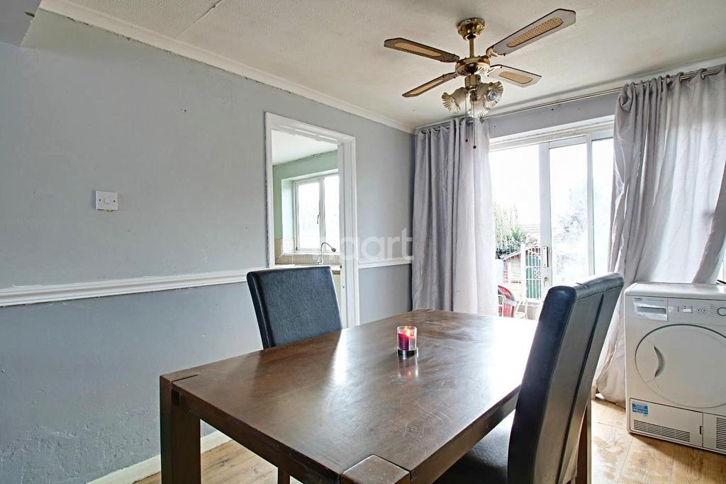 3 Bedrooms Terraced House for sale in Windmill Rise