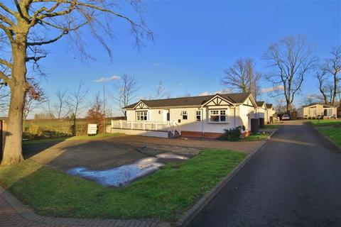 2 bedroom park home for sale - Wrotham, Kent