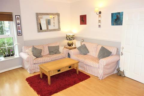 2 bedroom apartment to rent - Llwyn Passat, Penarth Marina