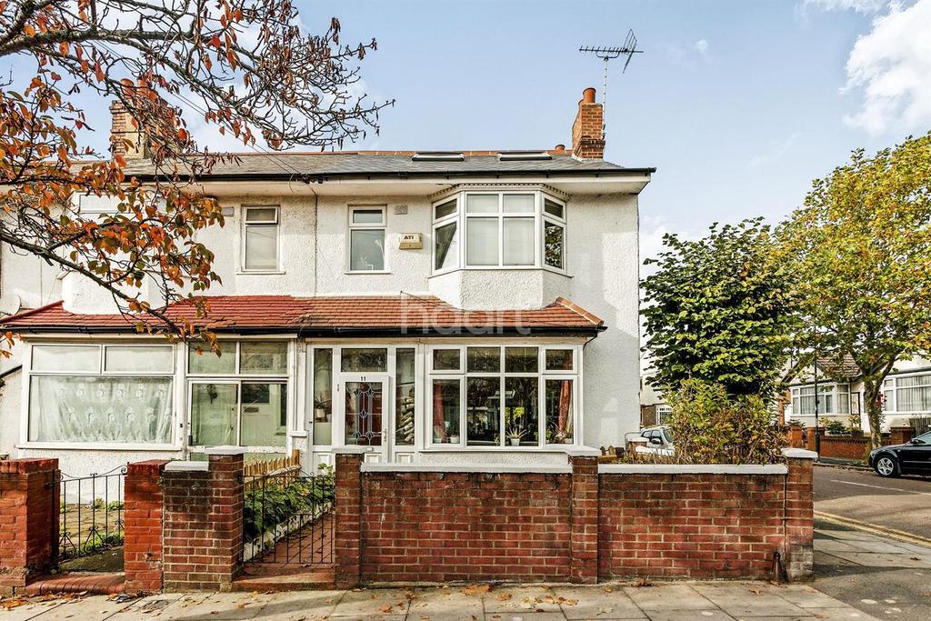 4 Bedrooms End Of Terrace House for sale in Hill Road, Mitcham, CR4