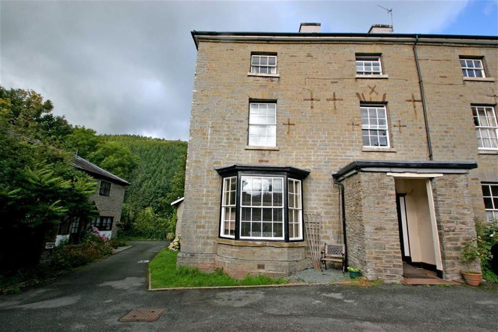 2 Bedrooms Flat for sale in Church View, KNIGHTON, Knighton, Powys