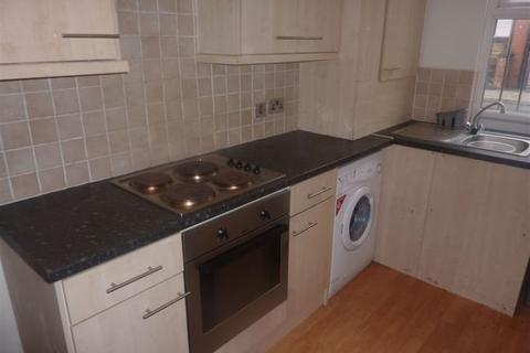 2 bedroom house to rent - Glossop Street