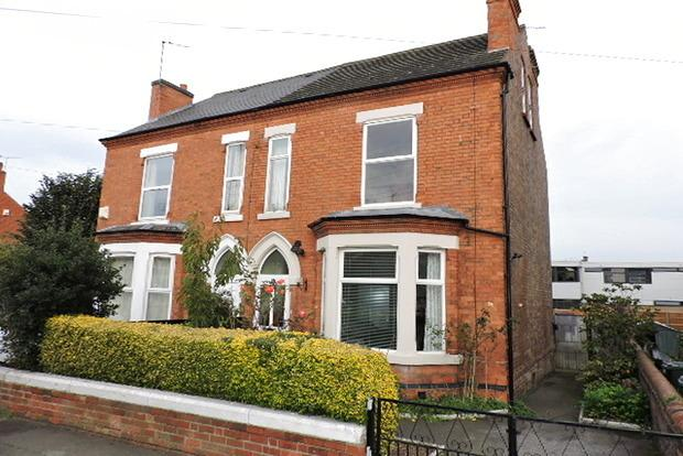 4 Bedrooms Semi Detached House for sale in Colwick Road, West Bridgford, Nottingham, NG2