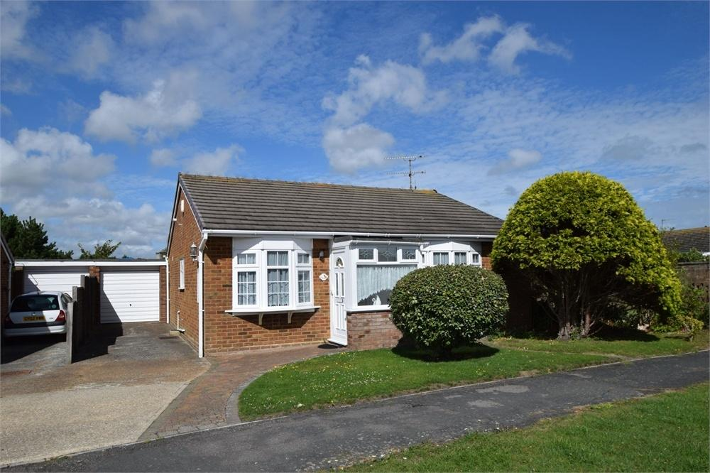 2 Bedrooms Detached Bungalow for sale in Cormorant Close, Langney, East Sussex