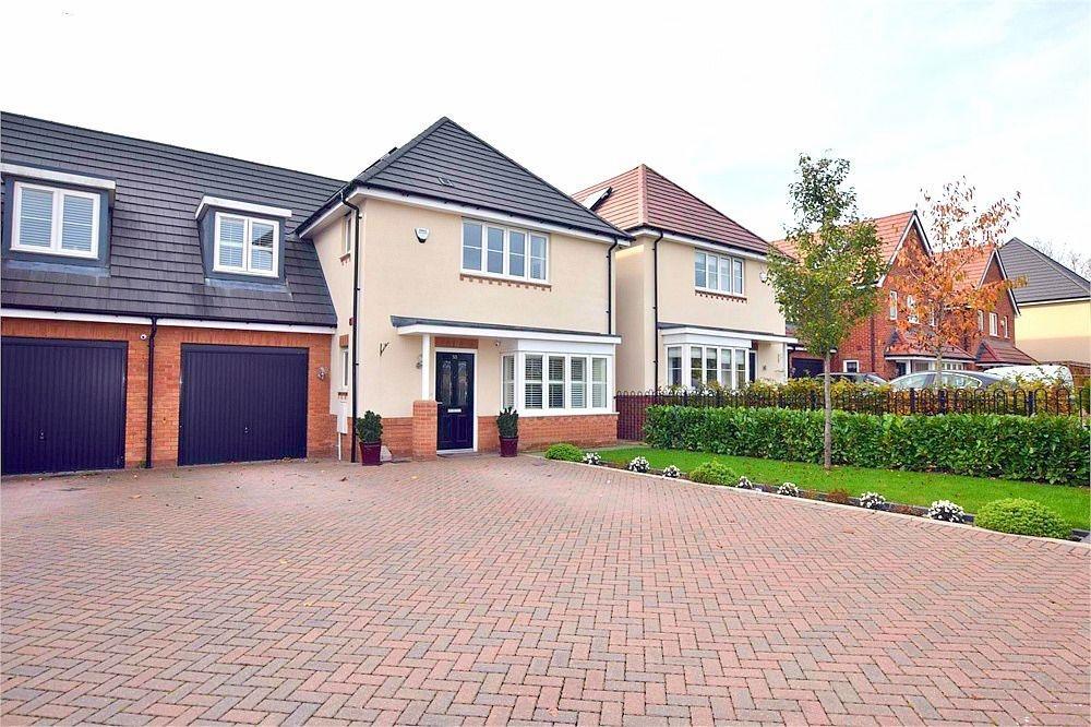 4 Bedrooms Detached House for sale in Burbridge Road, Leavesden, WATFORD, Hertfordshire
