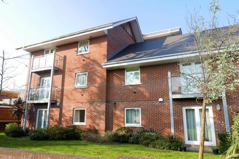 2 bedroom flat to rent - HAMMOND CRT - WINCHESTER ROAD - UNFURNISHED