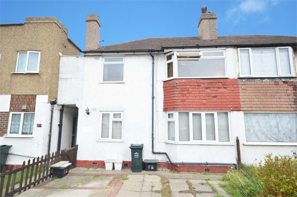 2 Bedrooms Maisonette Flat for sale in Burnham Crescent, Dartford