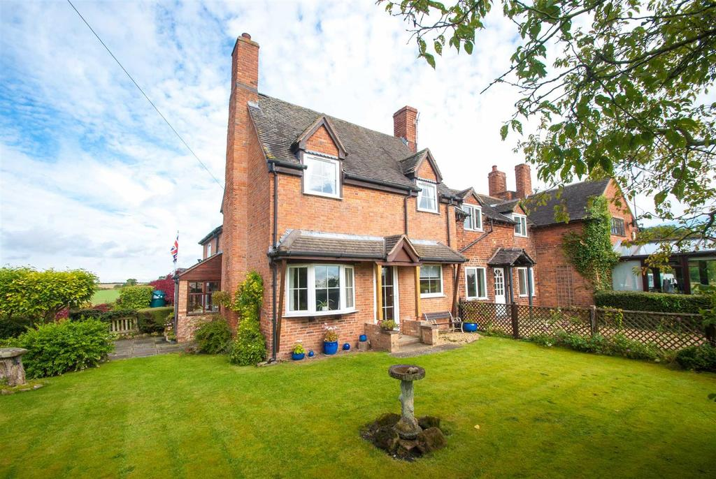 3 Bedrooms Cottage House for sale in The Green, Elford