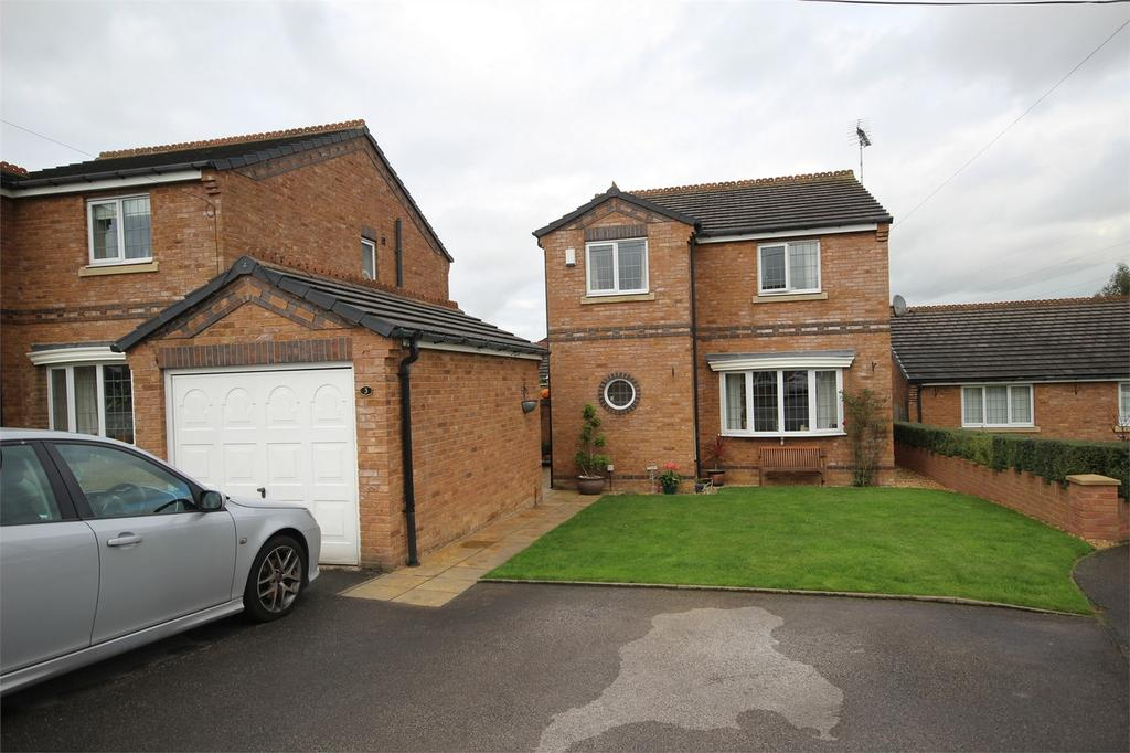 3 Bedrooms Detached House for sale in Maple Grove, Drury, Flintshire