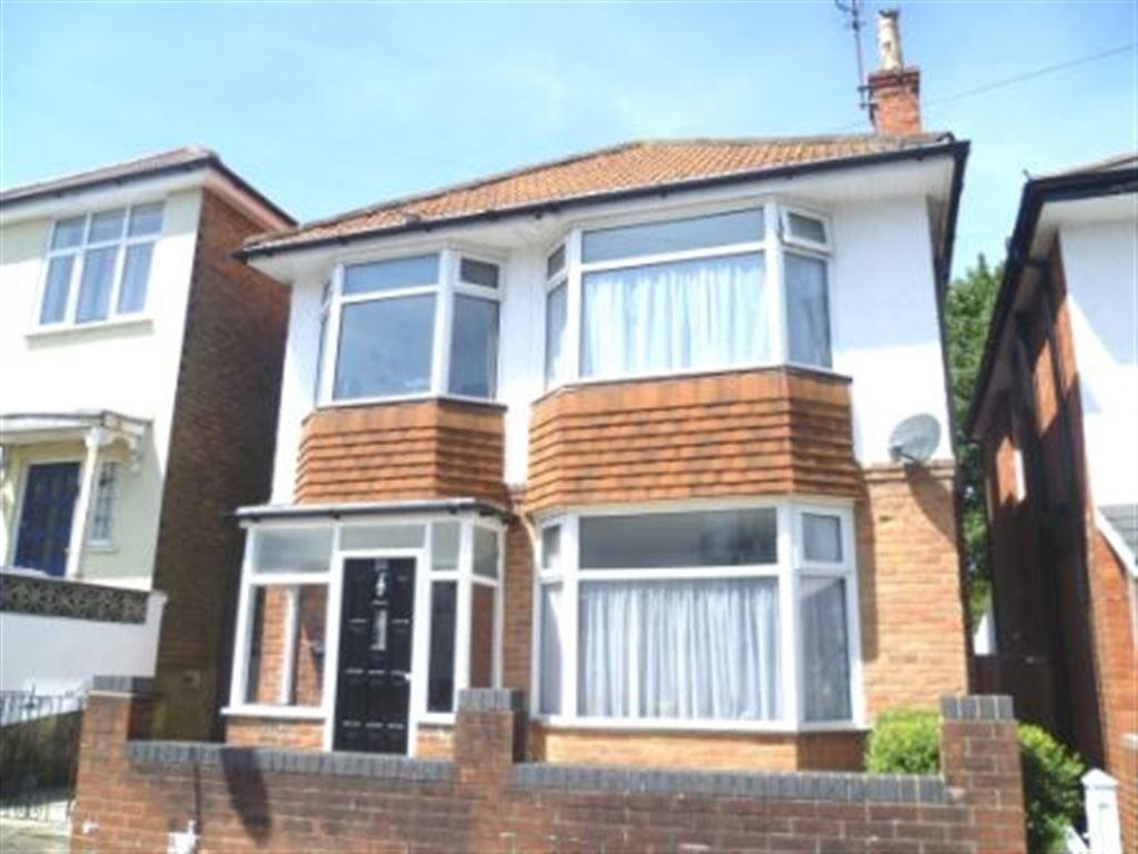 5 Bedrooms House for rent in Muscliffe Road, Winton, Bournemouth, Dorset