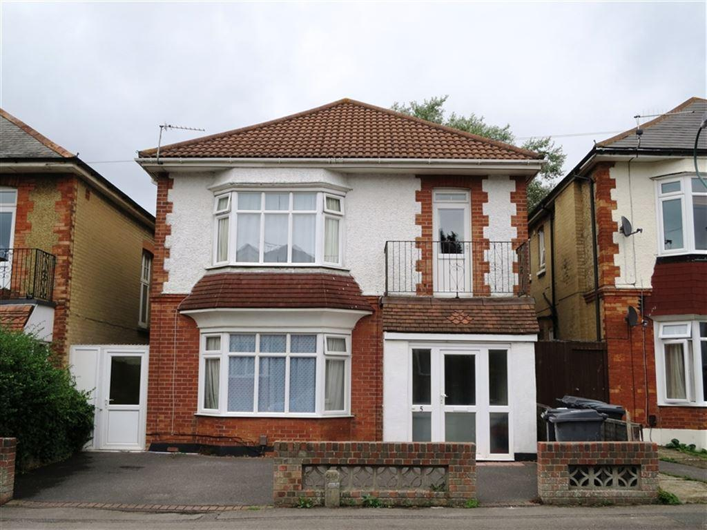 6 Bedrooms House for rent in Leamington Road, Winton, Bournemouth, Dorset