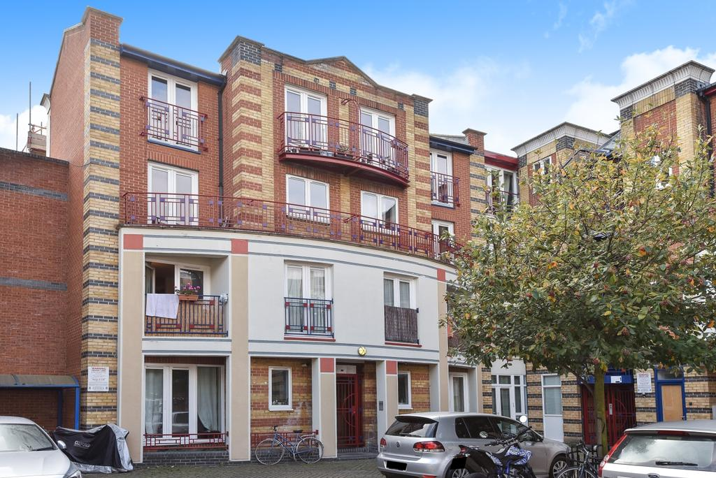 2 Bedrooms Flat for sale in Hopewell Street Camberwell SE5