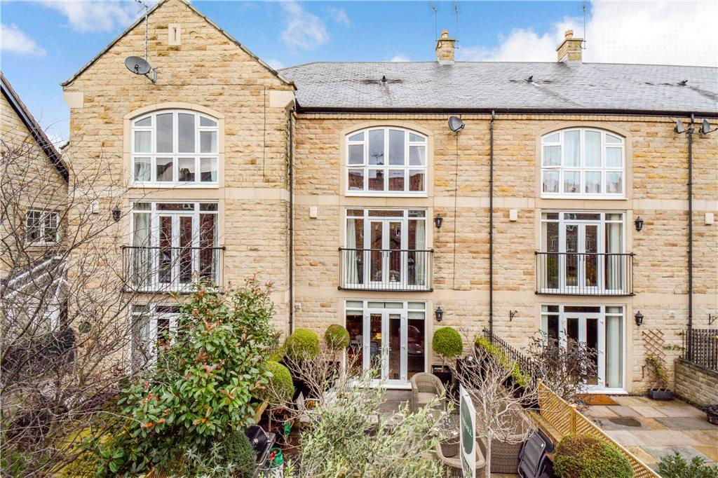 4 Bedrooms Terraced House for sale in Micklethwaite Stables, Wetherby, West Yorkshire