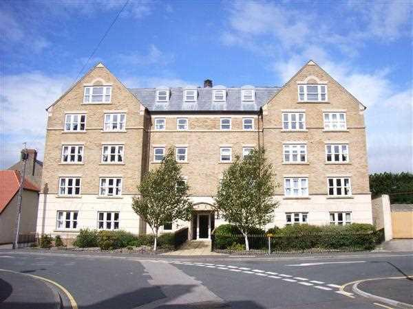2 Bedrooms Apartment Flat for sale in NEW - Newton Court, Filey