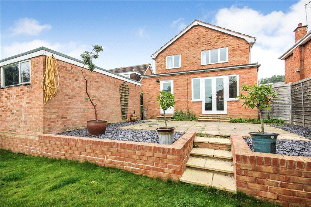 4 Bedrooms Detached House for sale in Loughmill Road, Pershore, Worcestershire, WR10