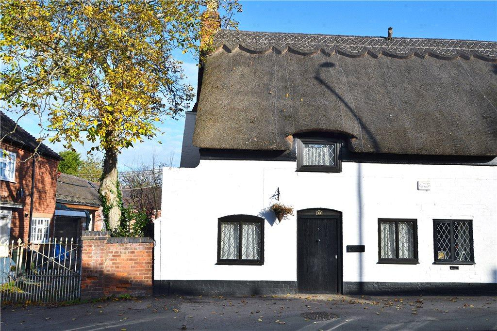2 Bedrooms Semi Detached House for sale in Main Road, Kempsey, Worcester, Worcestershire, WR5