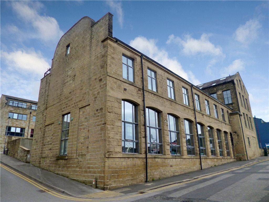 4 Bedrooms Town House for sale in Lund Street, Bingley, West Yorkshire