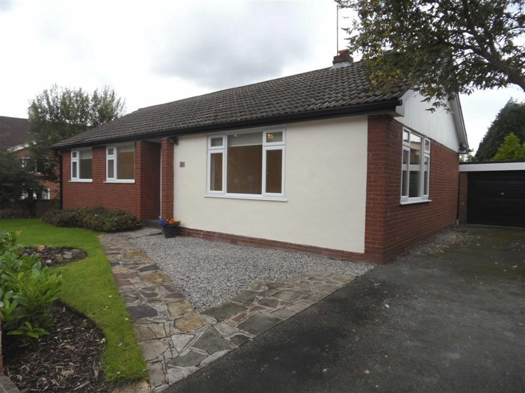 3 Bedrooms Detached Bungalow for sale in Pendlebury Road, Gatley
