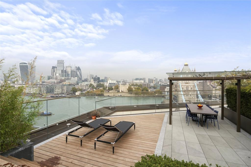 3 Bedrooms Flat for sale in Tudor House, One Tower Bridge, Duchess Walk, London, SE1