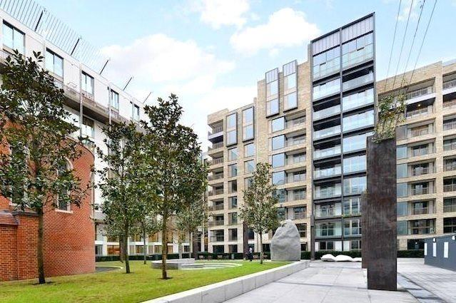1 Bedroom Flat for sale in Fitzroy Place. Pearson Square,