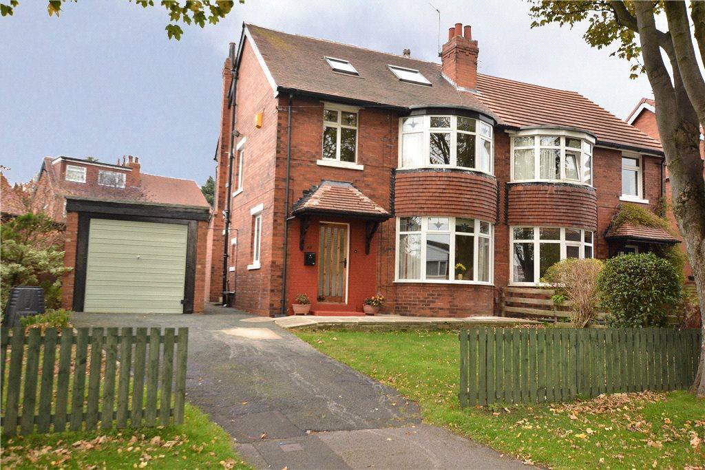 4 Bedrooms Semi Detached House for sale in Stainburn Avenue, Leeds, West Yorkshire