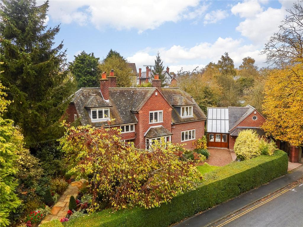 5 Bedrooms Detached House for sale in Livesey Road, Ludlow, Shropshire