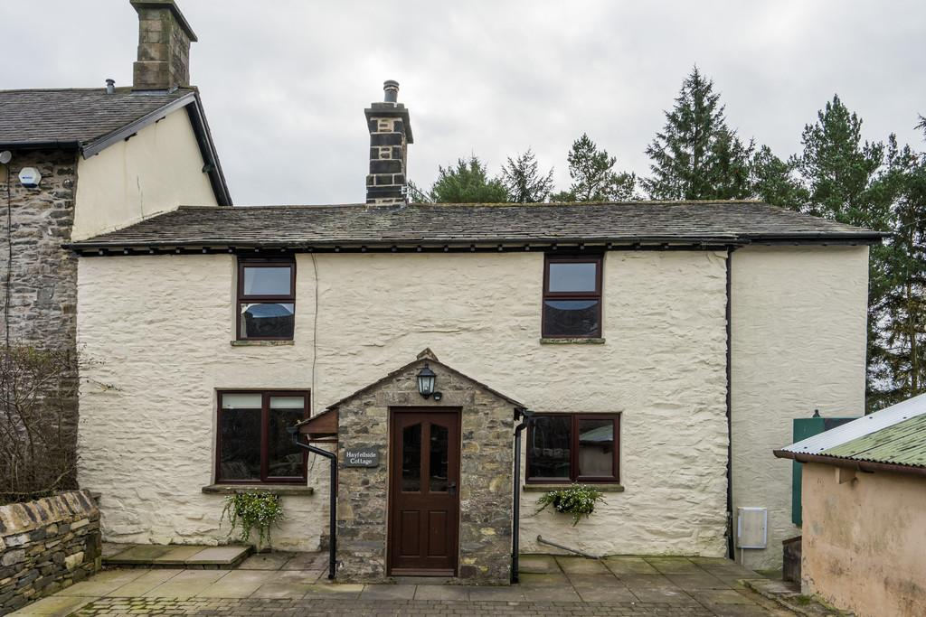 3 Bedrooms Farm House Character Property for rent in Hayclose Lane, New Hutton, Kendal, LA9 0AG