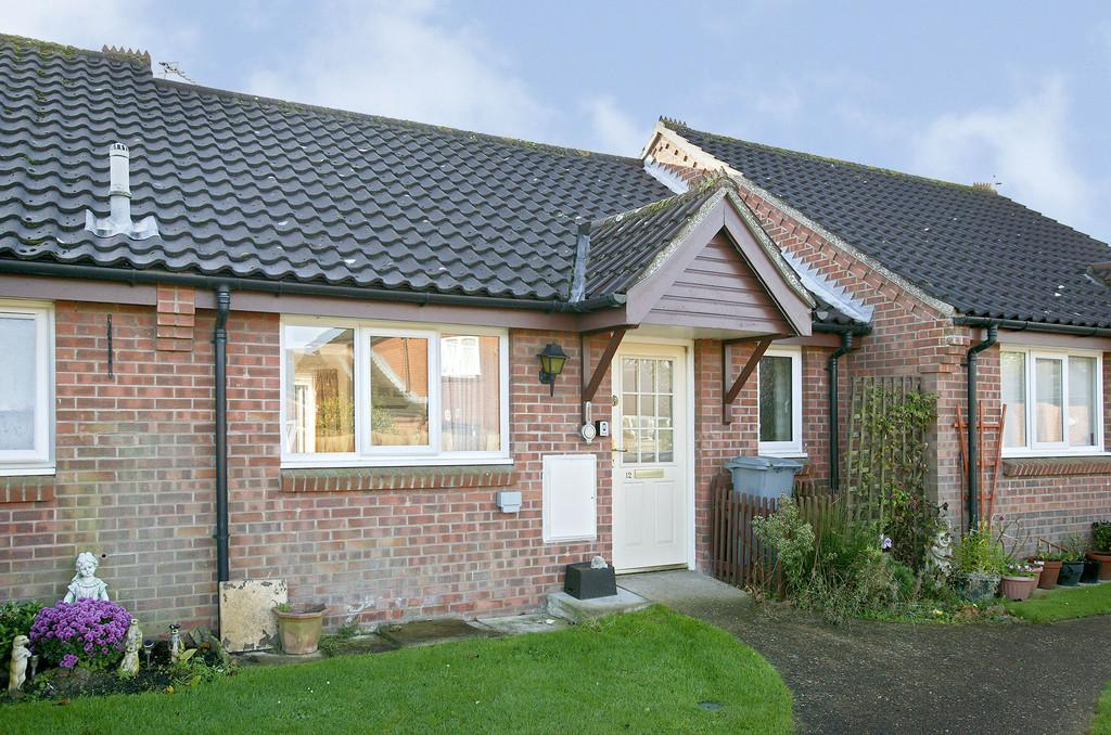 1 Bedroom Sheltered Housing Retirement Property for sale in Churchfield Green, Norwich