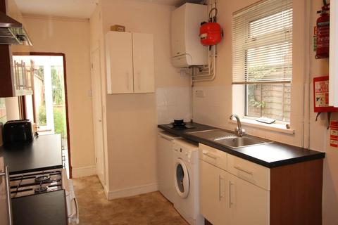 3 bedroom terraced house to rent - Pybus Street, Derby,
