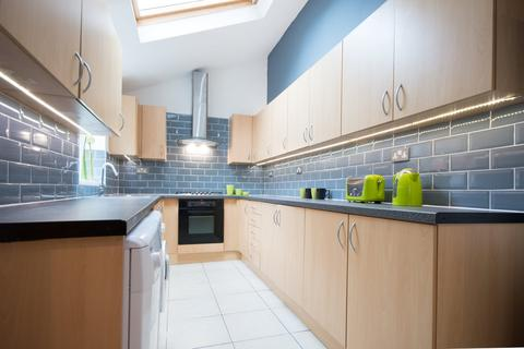 6 bedroom house share to rent - Teversal Avenue, Lenton, Nottingham