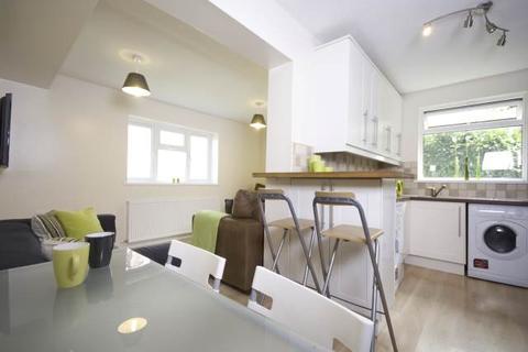6 bedroom house share to rent - Middleton Boulevard, Wollaton, Nottingham