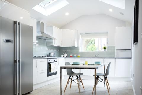 6 bedroom house share to rent - Wishford Avenue, Lenton, Nottingham